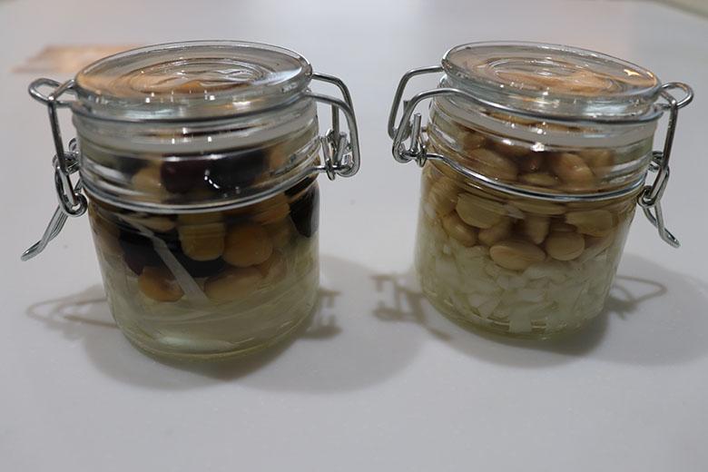 蒸し豆と玉ねぎのピクルス