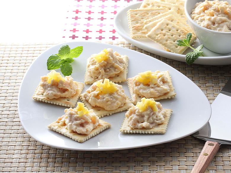 白花豆とクリームチーズのディップカナッペ